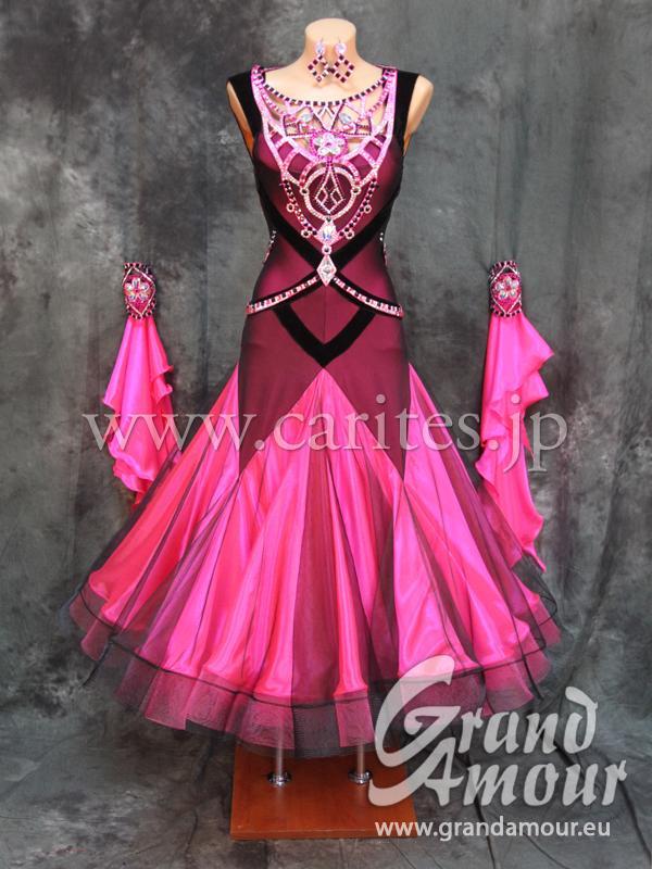 GAM・黒&ピンク