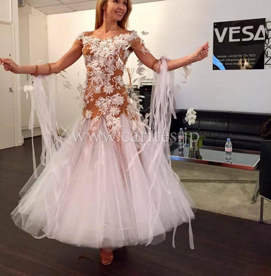 VESAドレスが到着しました!